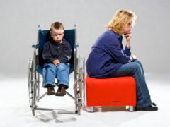 Как назначается пенсия матери (отцу) ребенка-инвалида